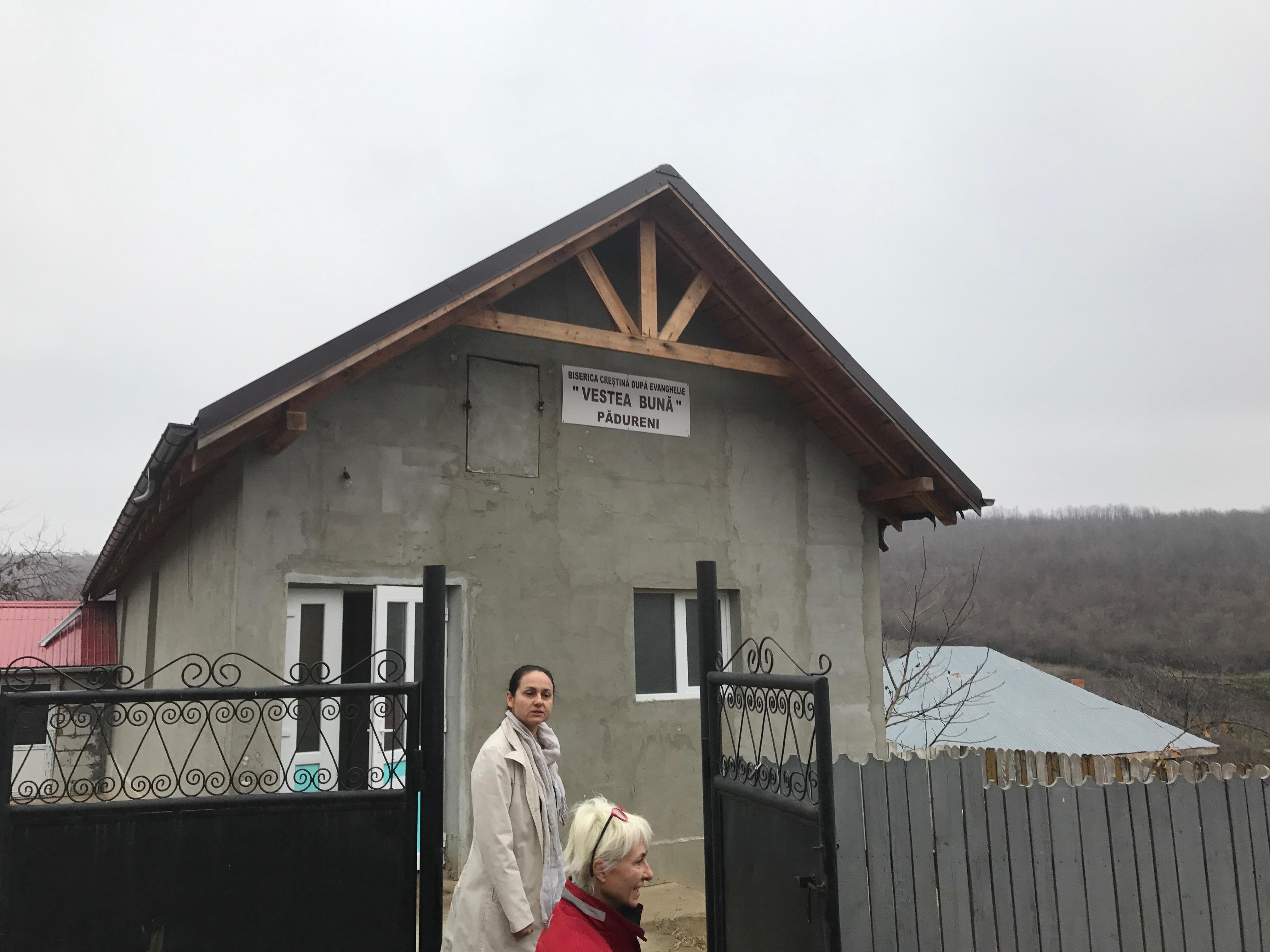Locale che la Chiesa di Negresti ha costruito per gli abitanti di Padureni